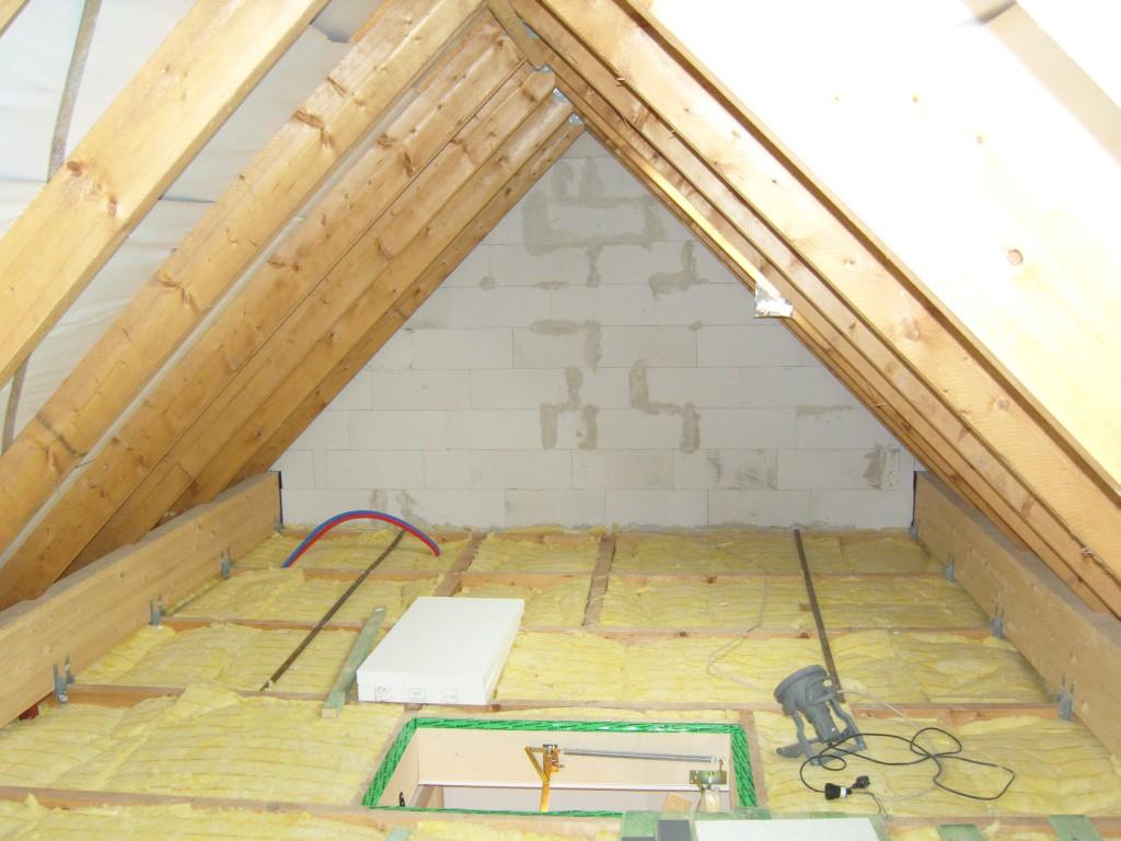 Fußboden Im Spitzboden ~ Mehr platz bauen mit team massivhaus